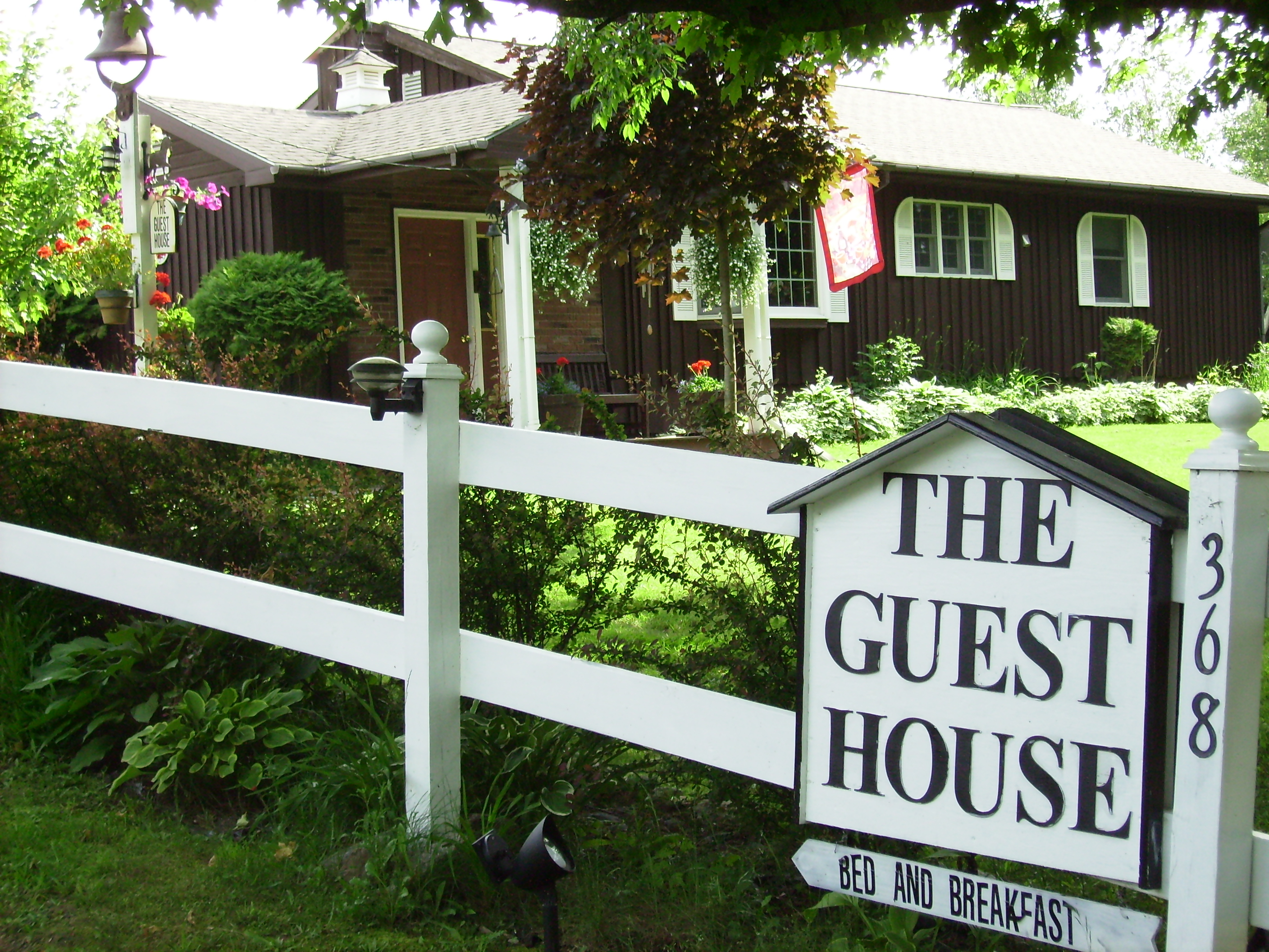 Bed and Breakfast. NNY Guest House
